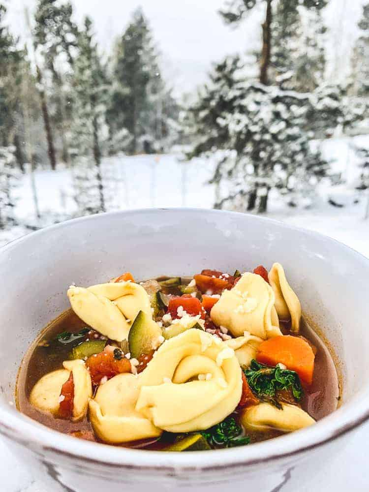 Vegetarian Tuscan tortellini soup in instant pot