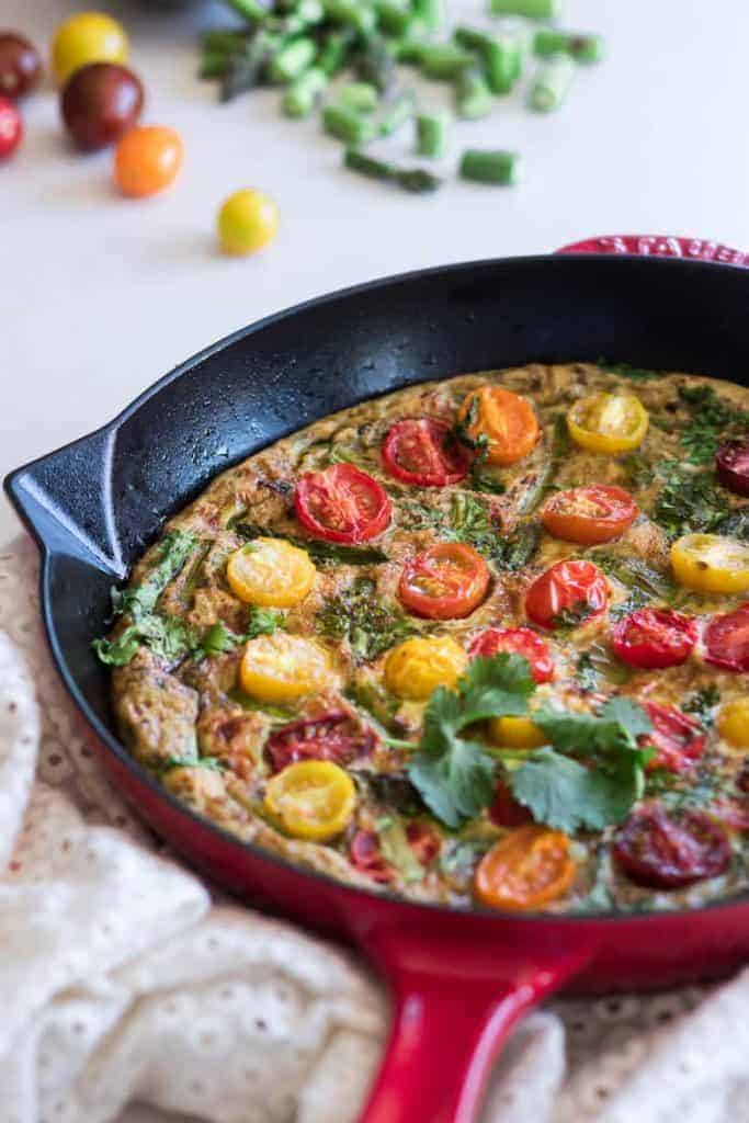 seasonal produce: tomatoes in a frittata with asparagus